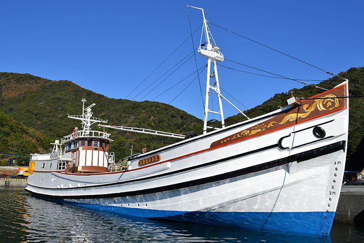 木造活魚運搬船